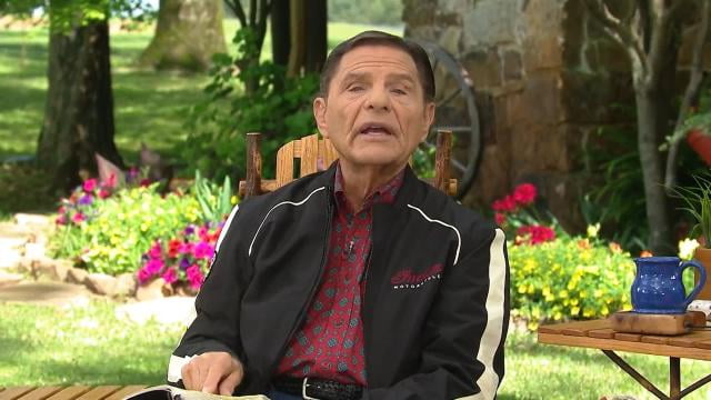 Kenneth Copeland - Faith in the Love of God Drives Out Fear