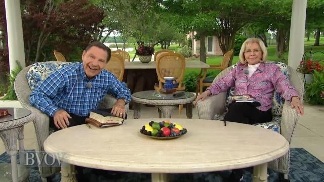 Kenneth Copeland - Fear Opens The Door To The Devil