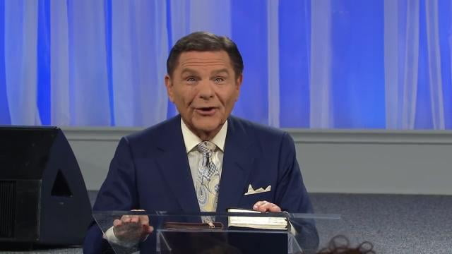 Kenneth Copeland - Focus on the Extraordinary Love of God