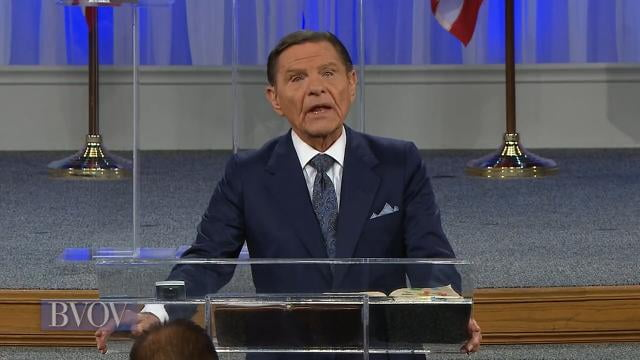 Kenneth Copeland - Faith Believes It and Says It To Receive It
